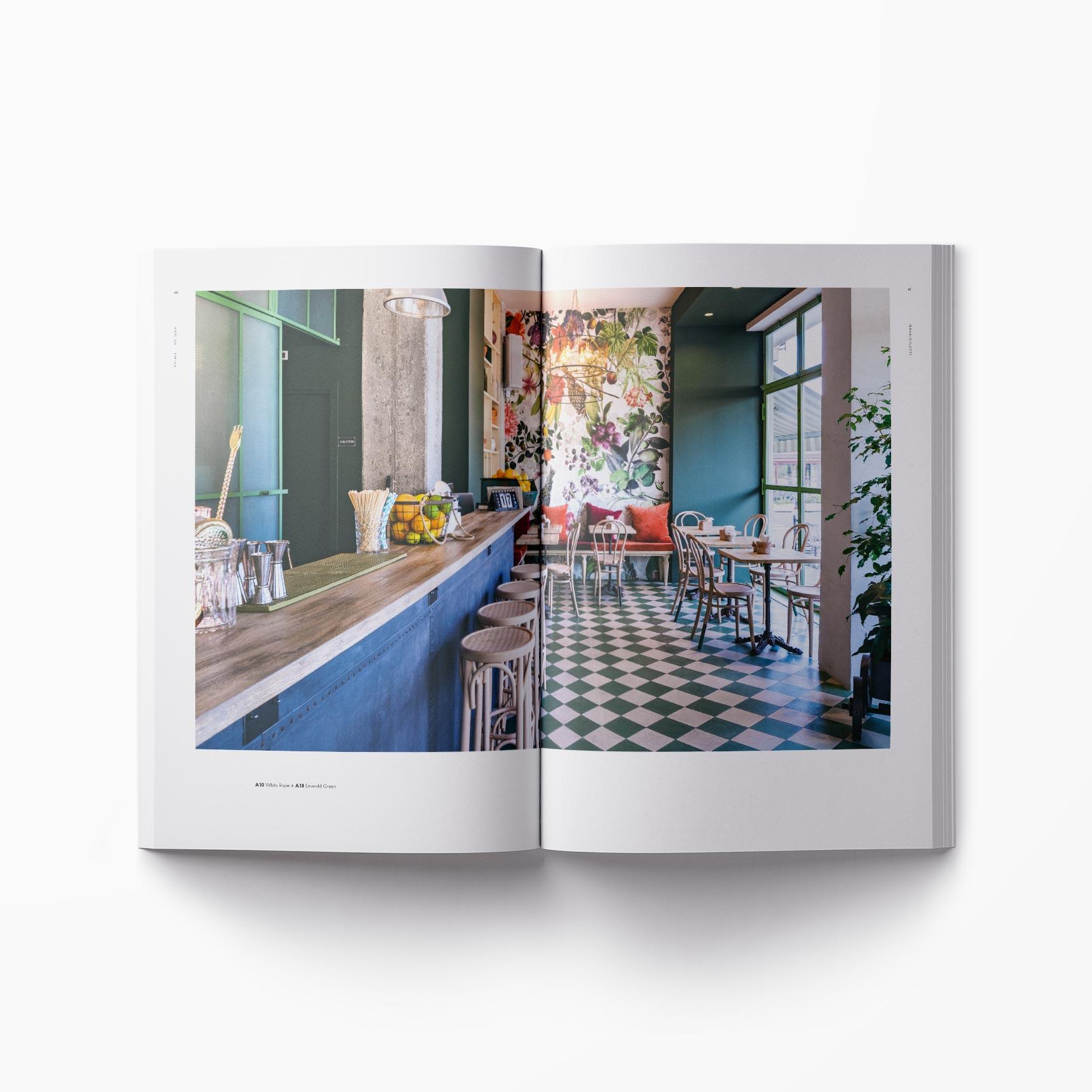 Interno catalogo immagine doppia pagina